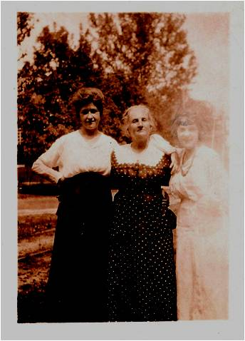 MOM 1920 002