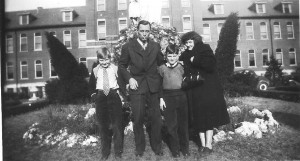 1948 Family 001